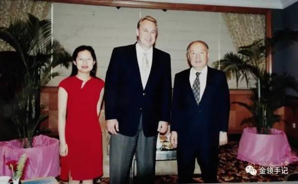 安可在北京申奥倒计时期间安排美国一州众议员访华,杜凌时年26岁